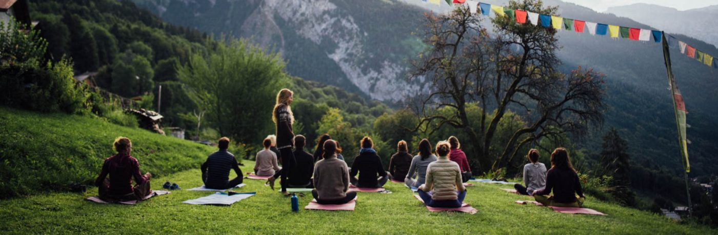 Yoga in the Frenh Alps with Eddy Toyonaga